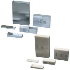 Individual gauge blocks in accuracy grade 0, 1 or 2 according to DIN EN ISO 3650. Gauge block singles made of steel, tungsten carbide or ceramic.
