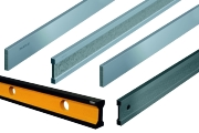 Straight Edges are available in steel, stainless steel, aluminum or hardened steel stainless. The accuracy of the flatness according to DIN 874 in accuracy class 00, 0, 1 or 2. Class 00 is the highest accuracy. Lengths from 100 mm to 6000 mm