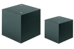 <strong>Cube master quares 90° in made of granite</strong> in accuracy class 00 and 000, 6-sides machined in sizes from 150mm up to 1000mm. Angular accuracy according to DIN 875, flatness according to DIN 876.